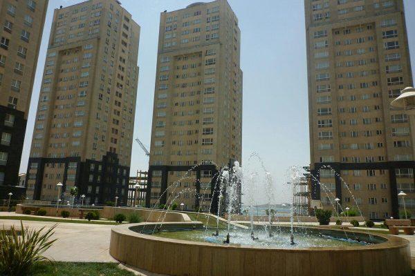 121 متر برج پارسیا