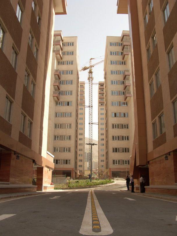 122متر برج روژان