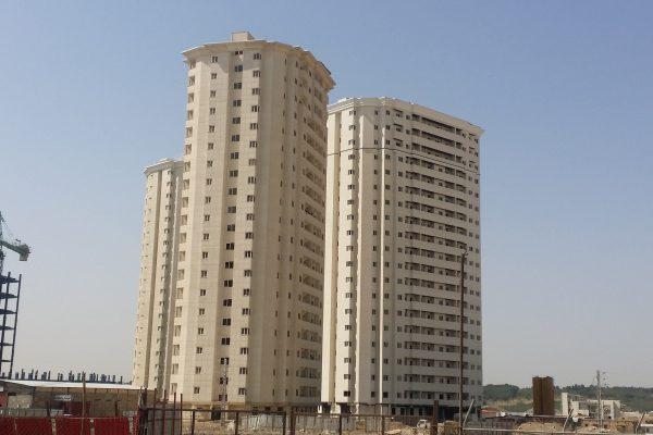 برج های 12 فروردین